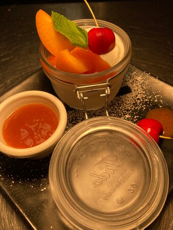 Fromage blanc compote de nectarine