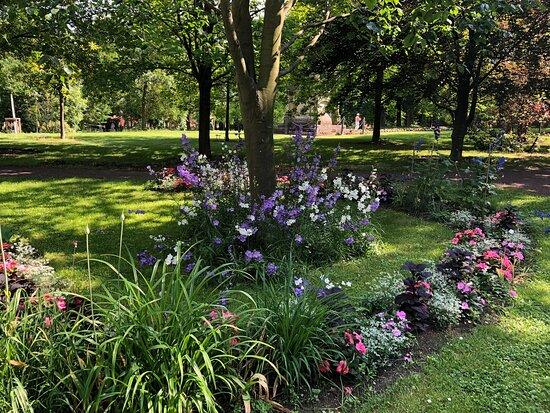 Arboretum - Garten der Bäume