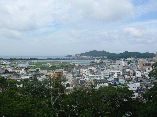 A Treasure Trove of Superb View Waka no Ura