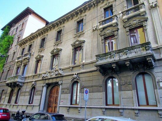 Palazzo Via Sebeto 4
