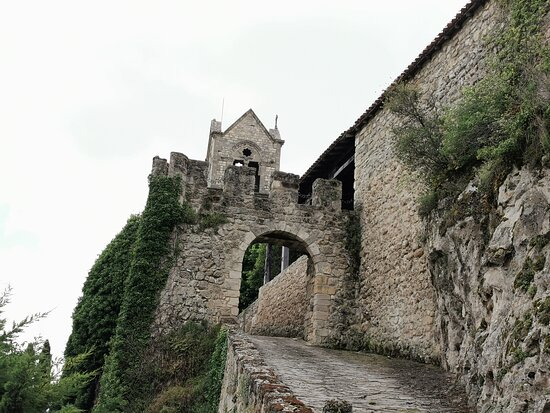 La Muralla De Frias