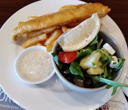 Battered King George Whiting etc., Fumo 28 Oyster Bar & Seafood, Port Lincoln, SA