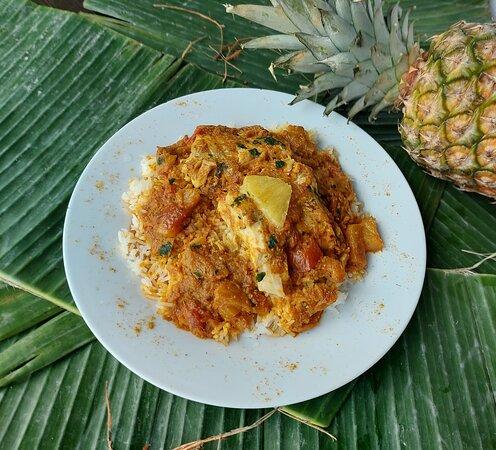 Carri poisson à l'ananas
