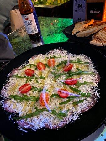 Me encanta! La comida espectacular, el restaurante precioso y el trato excelente. Uno de los mejores restaurantes de Cancun, volveremos a repetir antes de irnos. Gracias a Adrián y Rafael que nos atendieron genial.
