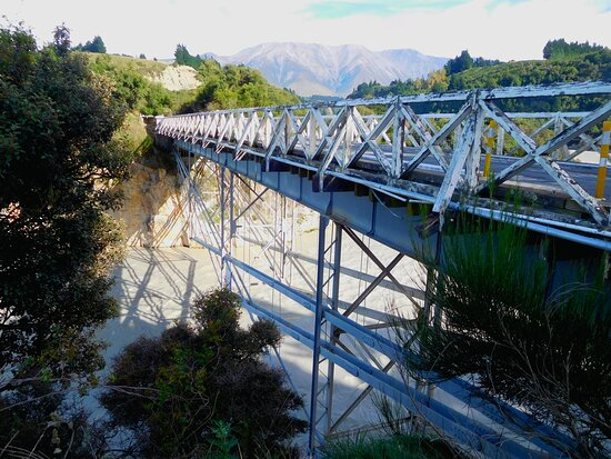 Trestle Bridge on the down side of the of Arundel - Rakaia Gorge Rd.