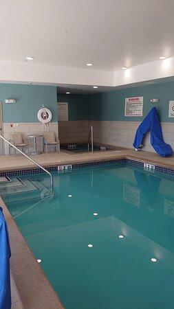 Guest Patio  - Ảnh về Holiday Inn Express & Suites Dakota Dunes - Event Center - Tripadvisor