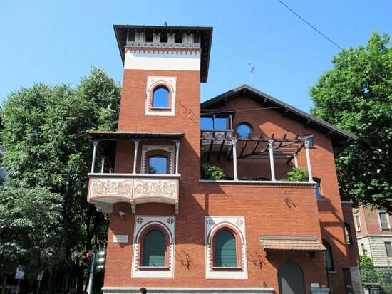 Casa Via Mascheroni 21