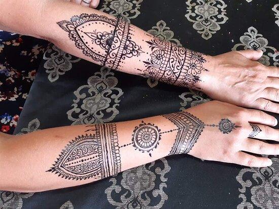 Henna Studio Bonaire