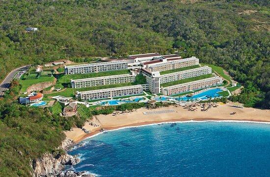 Secrets Huatulco Resort & Spa