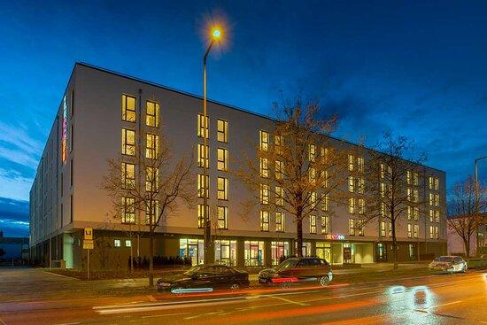 Exterior I Bento Inn Messe Munich