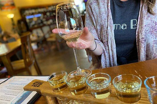 Verde Valley Wine and Brewery Private Tour
