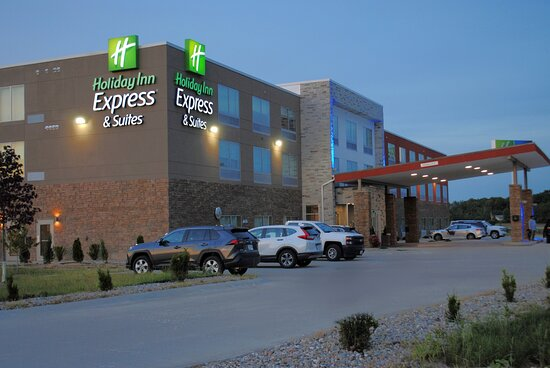Holiday Inn Express & Suites Columbia City, an IHG hotel