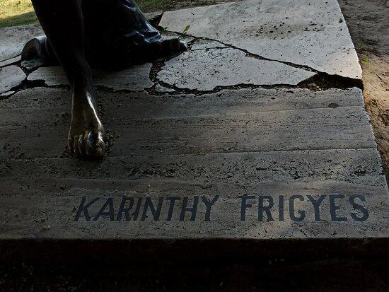 Karinthy Frigyes Statue