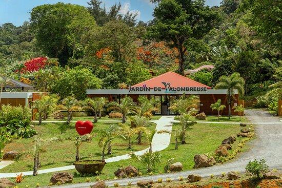 Bienvenue au Jardin de Valombreuse ! Superbe jardin botanique situé à Petit-Bourg !