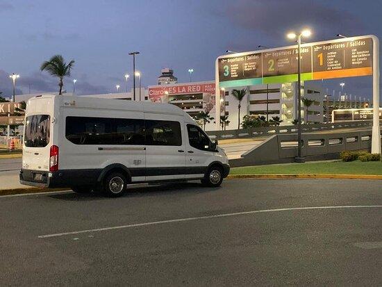 Puerto Rico Shuttle Van Services & Tours