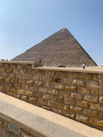 8-Hour Private Tour of the Pyramids, Egyptian Museum and Bazaar from Cairo: Pyramid of Khufu