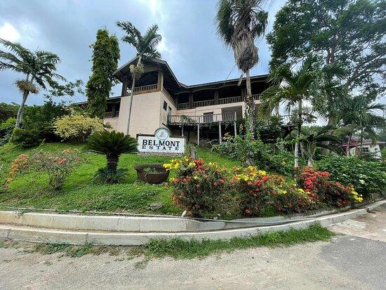 Belmont, Grenada: Front
