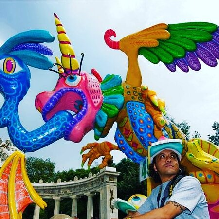 ✨Today celebrates Pedro Linares López, the Mexican artist known for his colorful papier-mâché animal sculptures known as alebrijes. June 29, 2021, would have been the late artist's 115th birthday.💖🇲🇽🐉👺  Nesweek/Getty Images