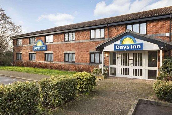 Days Inn by Wyndham Michaelwood M5