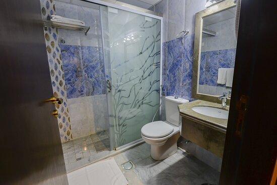 Bathroom_TOP Crown Town Hotel Jeddah