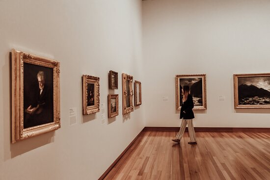 The George  - Christchurch Art Gallery