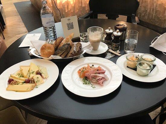 Sehr tolles Frühstücks Buffet!
