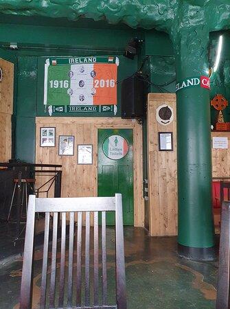 Nelly Foley's Pub in Knowledge Quarter