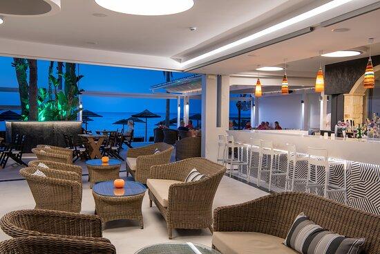Seaside Bar and Seaside rooftop