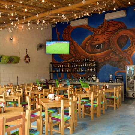 Chevichez Puerto Vallarta, Mariscos con la frescura de Yelapa hasta tu mesa.
