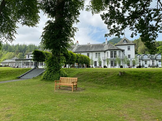 Lovely Hotel in amazing setting with friendly staff and excellent amenities