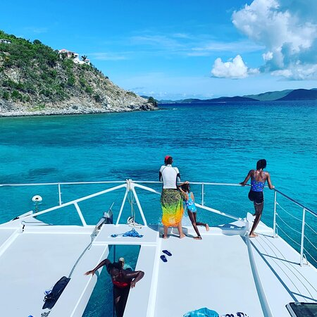 Turtle tagging with ARK BVI onboard Rebel Yell