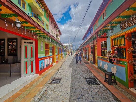 The Zocalo corredor, Guatapé.