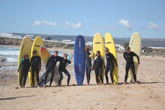 banana beach surf lessons