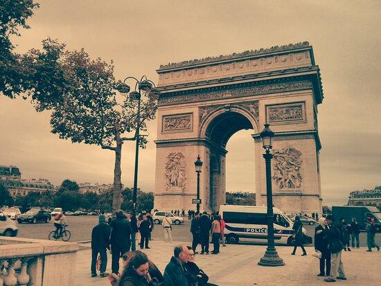 Παρίσι, Γαλλία: Arc de Triomphe