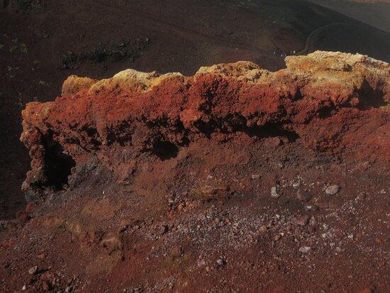 İzlanda: Westmann Islands colours of volcanos