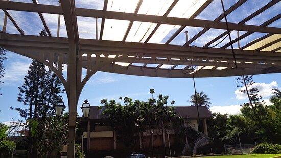 ╭▥◻ LE SURF HOTEL Main Entrance and Courtyard▪ ▫ NEW CALEDONIAN Historical Heritage ◻▥╮Anse Vata bay