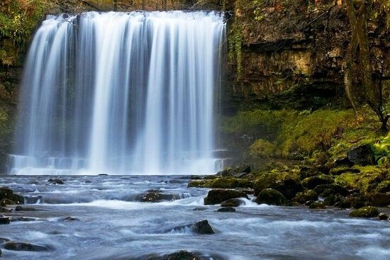 Full Day Waterfall Hunting In Wales - Depart from London