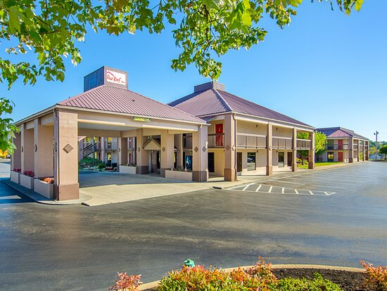 金斯波特紅屋頂飯店