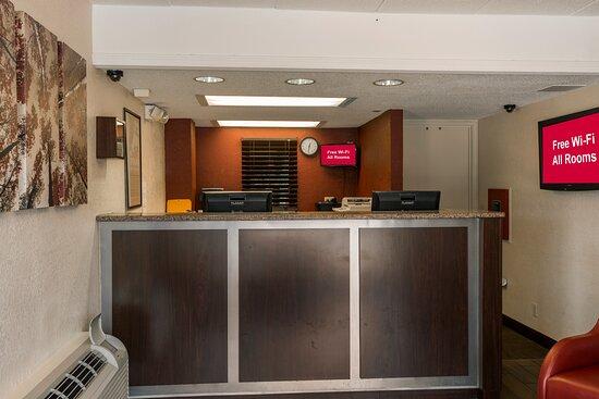 Premium 2 Full Beds - Red Roof Inn Plus St Louis-Forest Park/Hampton Avenue, Saint Louis Resmi - Tripadvisor
