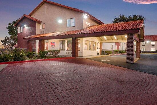 Lobby - Red Roof Inn Palmdale-Lancaster işletmesinin resmi - Tripadvisor