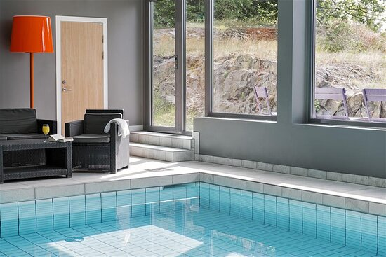 Pool relax facilities