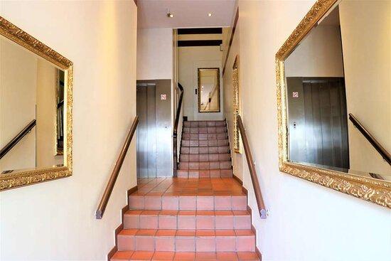 Hallway Novum Hotel Eleazar Hamburg