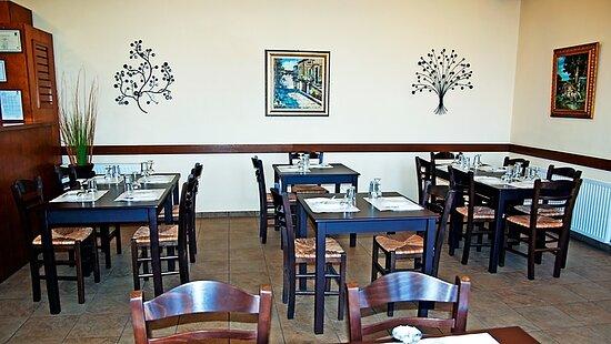 Anagennisis Restaurant Naxos | Warm & Cozy Place