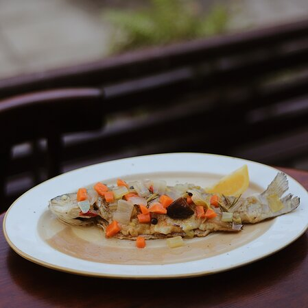 Marinated (cold cooking) trout