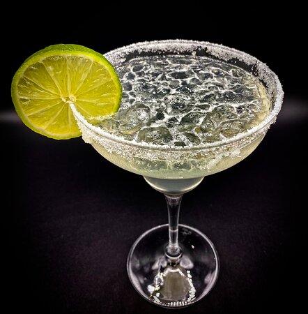 Vieni a gustare i nostri eccezionali Cocktails come i Margarita classici o alle fragole fresche