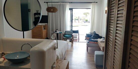 חדר luxury על המים