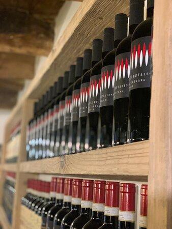 La nostra selezione di vini, rigorosamente MADE IN TUSCANY