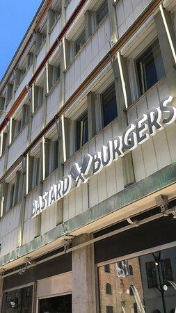 Bastard Burgers