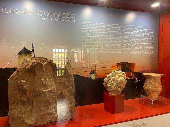 Una de las vitrinas del museo.