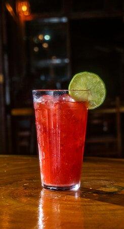 Ubatuba, SP: Drinks selecionados para seu happy hour com os amigos.